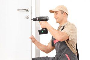 Выезд мастера по открытию дверей