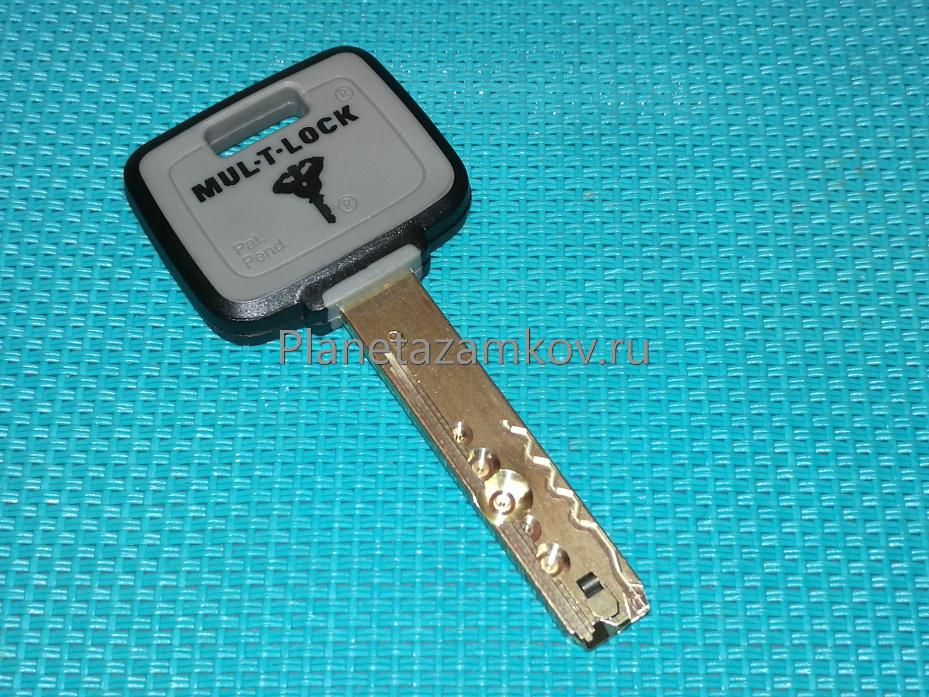личинка замка Mul t lock (мультилок) ключи нового покаления